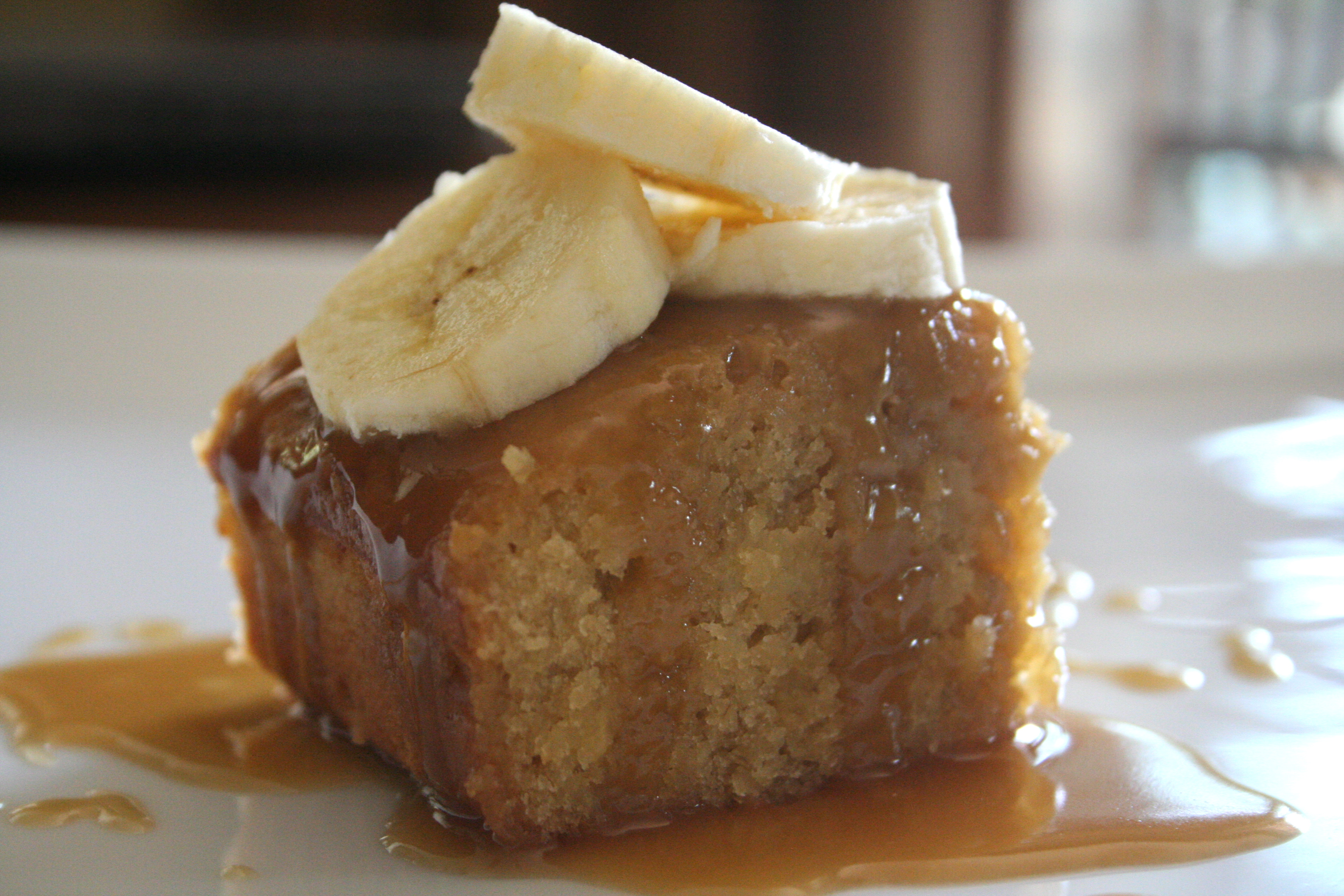 sinful. [sticky toffee banana pudding w. rich caramel ...
