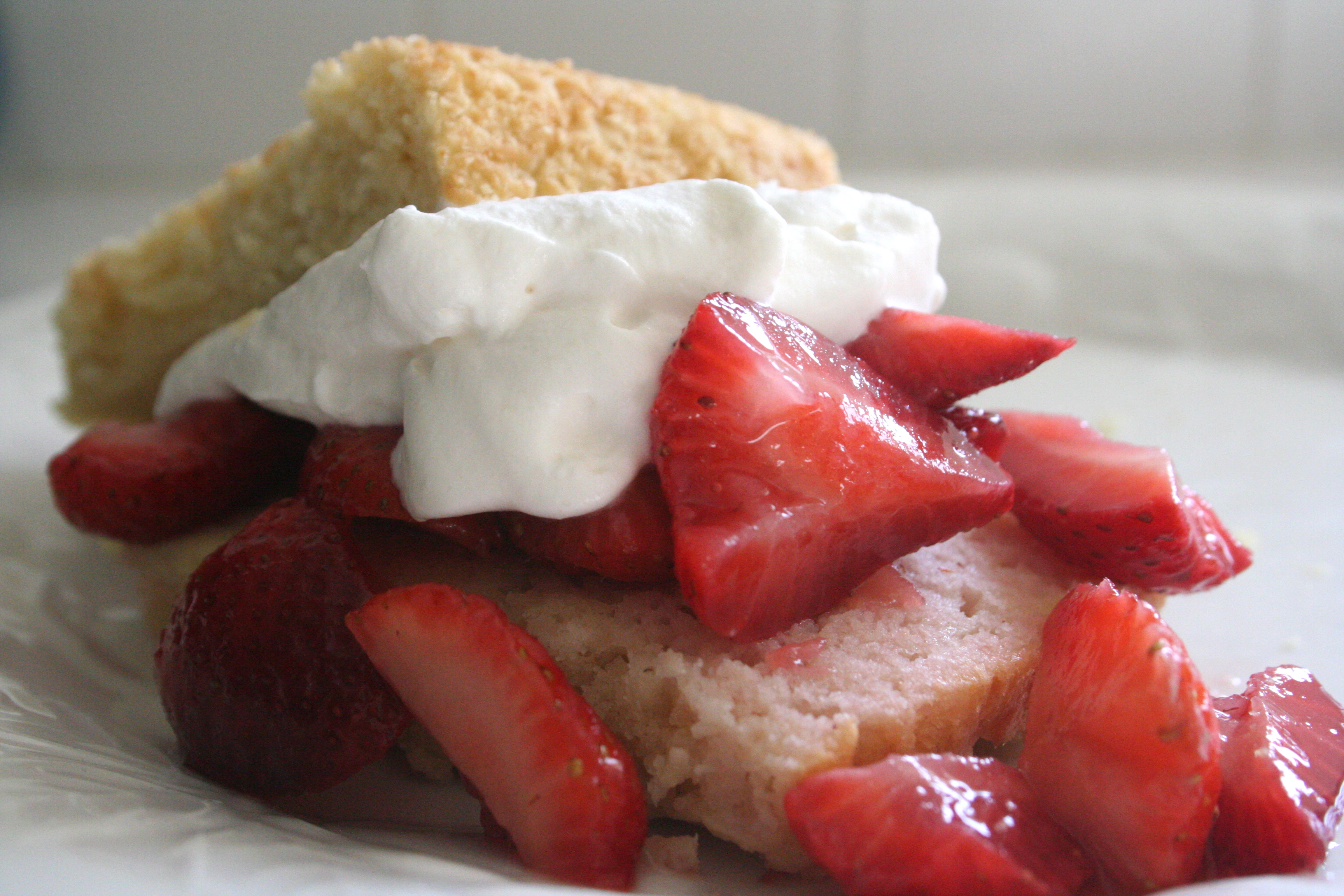 berries and cream. [strawberry shortcake w. fluffy ...