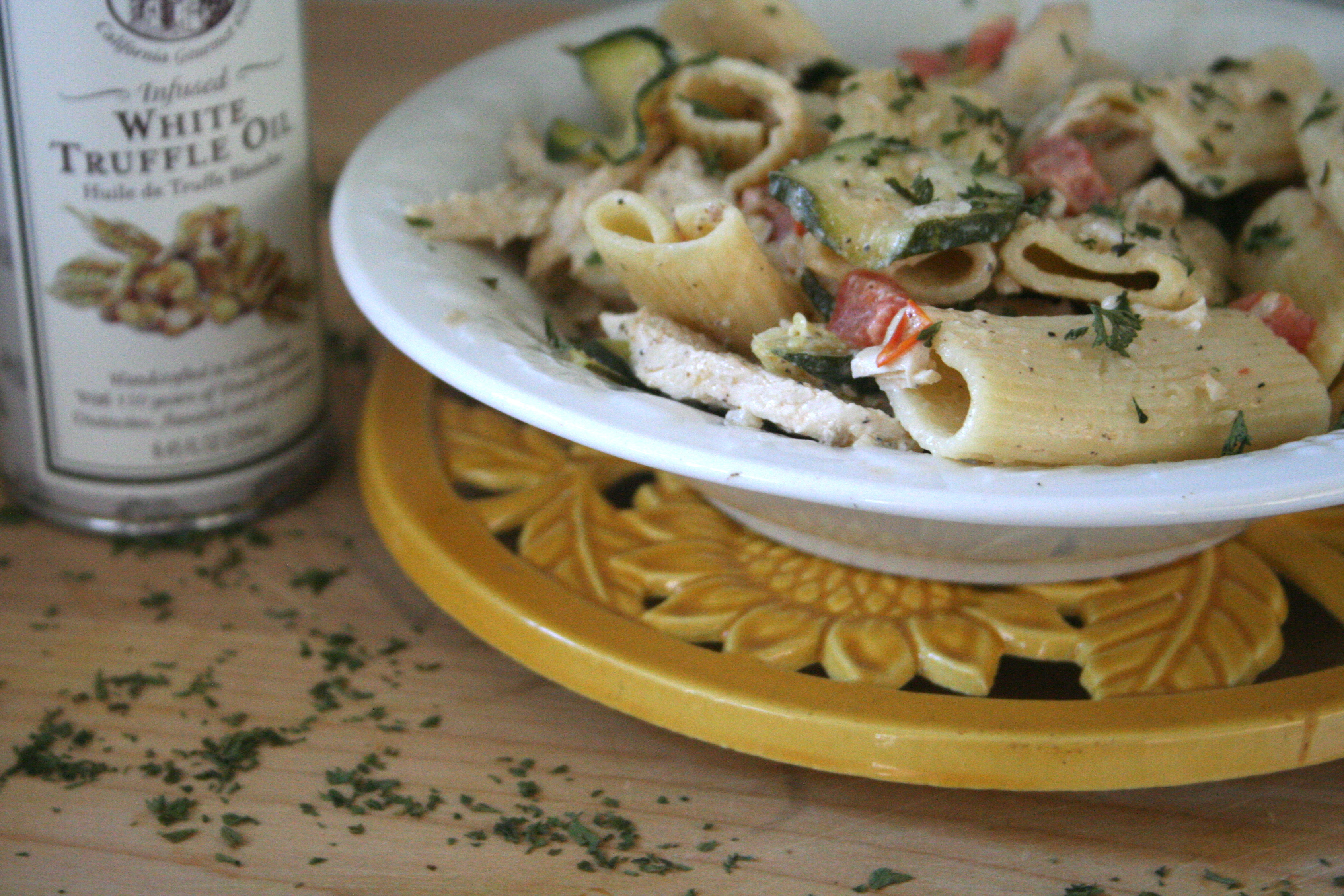 work with what you've got. [rigatoni w. truffle oil cream sauce ...