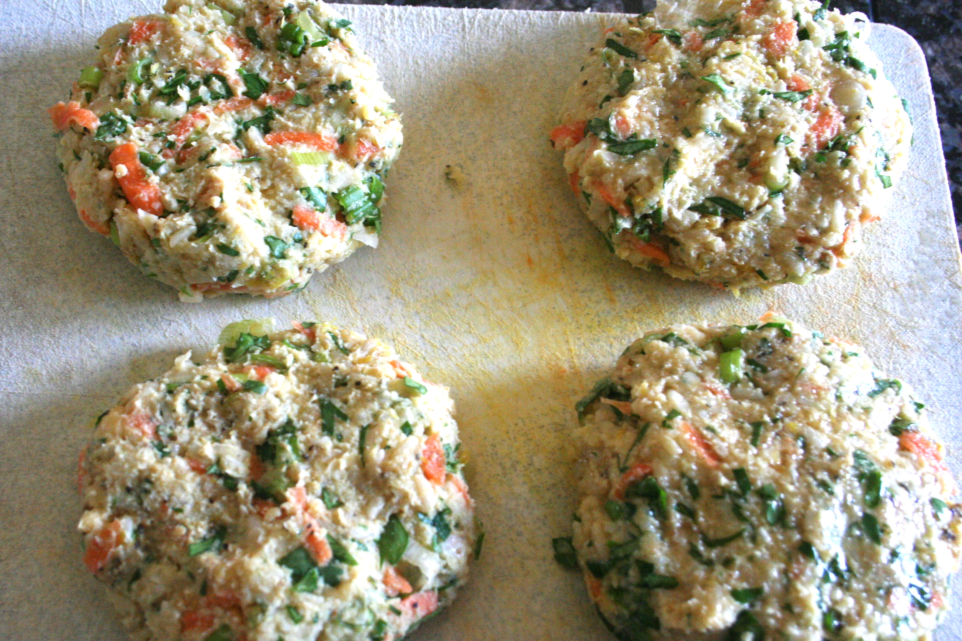 switch it up. [chickpea & brown rice veggie burgers w. tomato salad ...